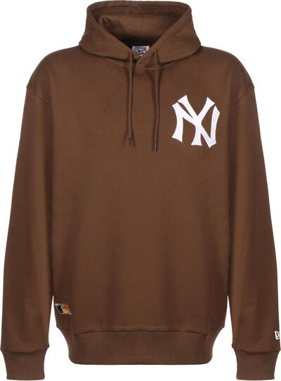 Oversized New York Yankees Embroidery Logo